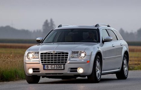Фото Chrysler 300C Touring